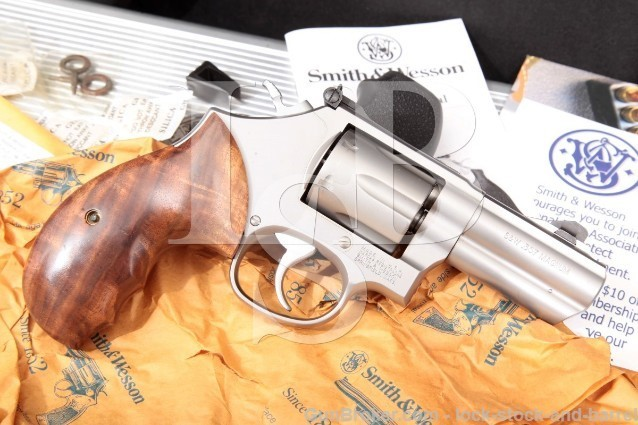 "Smith & Wesson Performance Center 66-6 F Comp Stainless 3"" Ported .357 Magnum Revolver & Case"