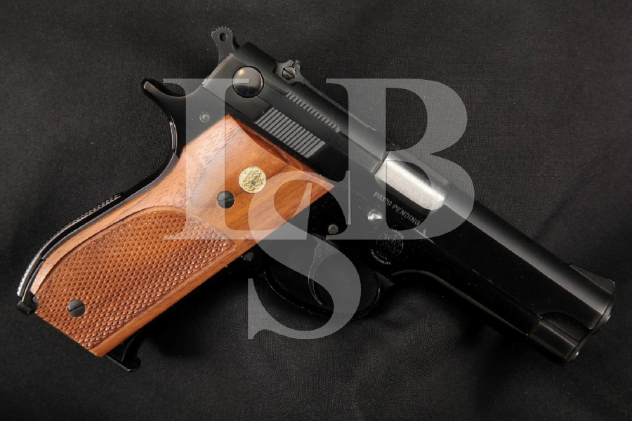 """Smith & Wesson S&W EARLY Model 39 (S/N: 1822), Blue & Black 4"""" DA/SA Semi-Automatic Pistol, MFD-1950's C&R"""