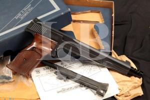 Smith & Wesson S&W Model 41 .22 LR Semi Auto Target Pistol & Box, MFD 1970