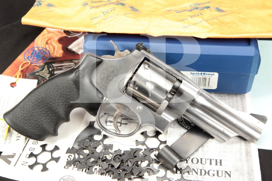 """Smith & Wesson, S&W Model 625-6 'Mountain Gun' Model Of 1989, Stainless 4"""" Double Action Revolver & Case, MFD 2000"""