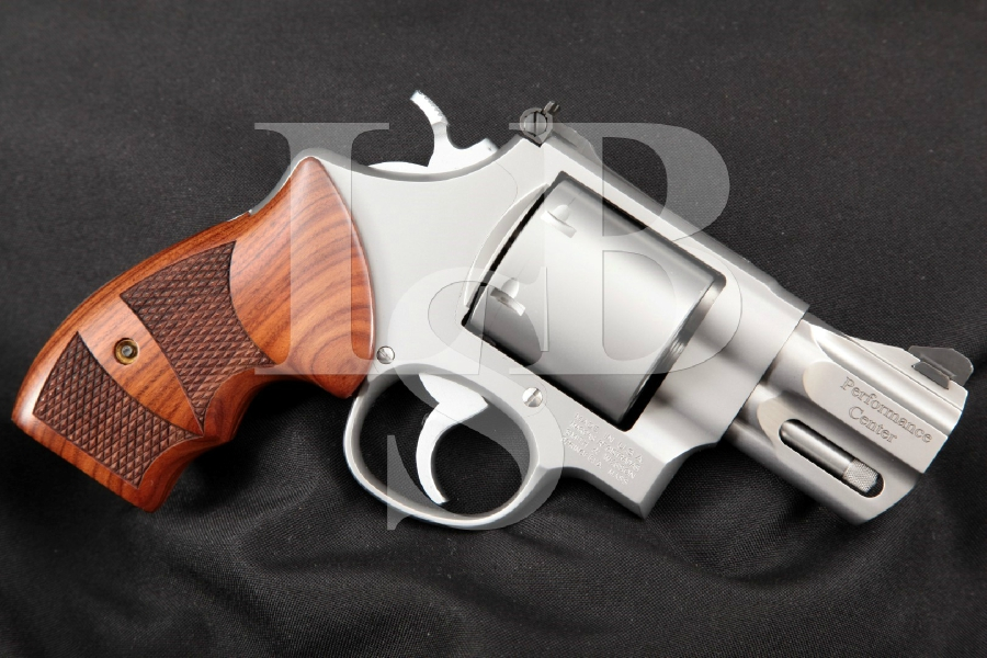 """Smith & Wesson S&W Model 629-6 Performance Center, Stainless Steel Snub Nose Matte Stainless 2 5/8"""" Un-Fluted Cylinder Double Action Revolver MFD 2004"""