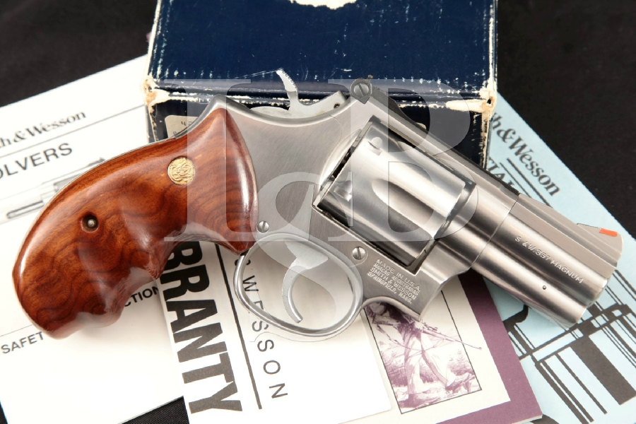 """Smith & Wesson S&W Model 686-3 'The .357 Distinguished Combat Magnum', Stainless Steel 2 1/2"""" 6-Shot, Double Action DA/SA Revolver, MFD 1994"""